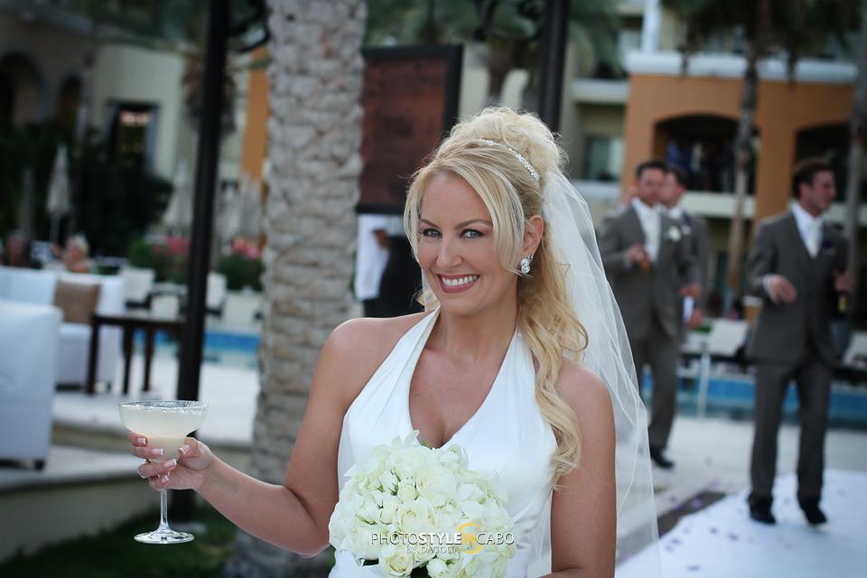 bride in los cabos