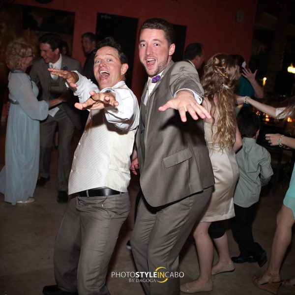 LOS CABOS WEDDING PHOTOGRAPHERS | Vicky + Craig @Casa Dorada Los Cabos | June 22, 2013